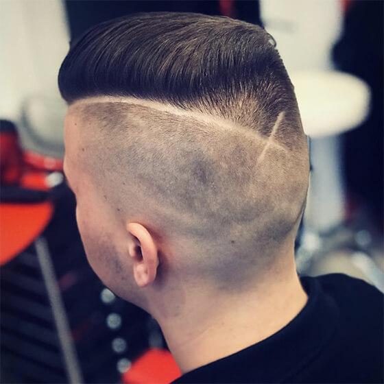 Rövid férfi frizura